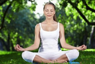 natural yoga tips for glowing skin