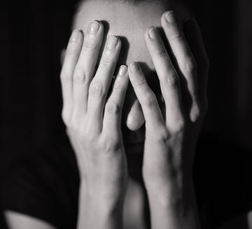 1000-woman-with-depression